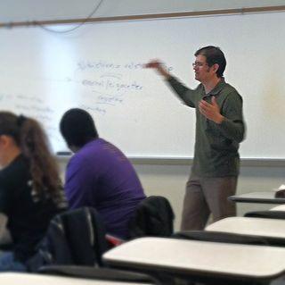 Teaching in classroom2.12.2014